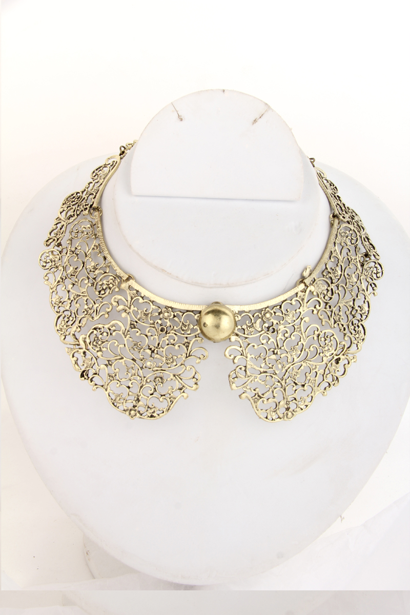 Attractive Gold Plated Necklace