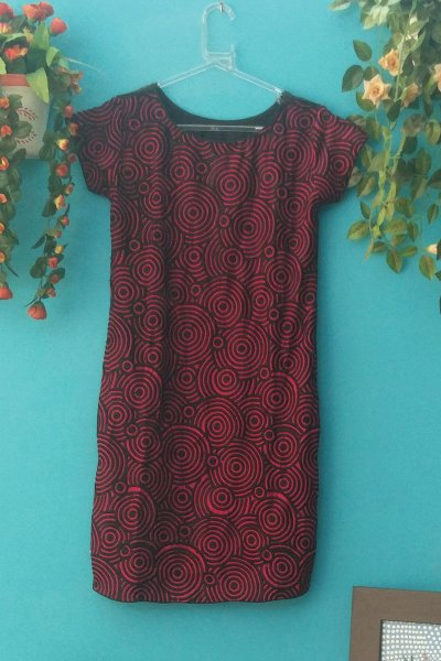 DS Black and Red Fashionable Printed Kurti