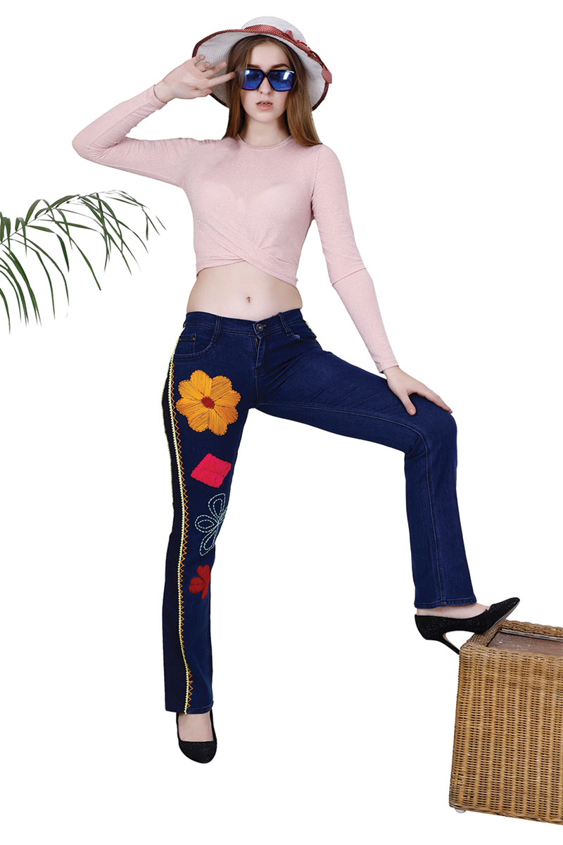 DS Blue Straight Fit Mid-Rise Stretchable Jeans