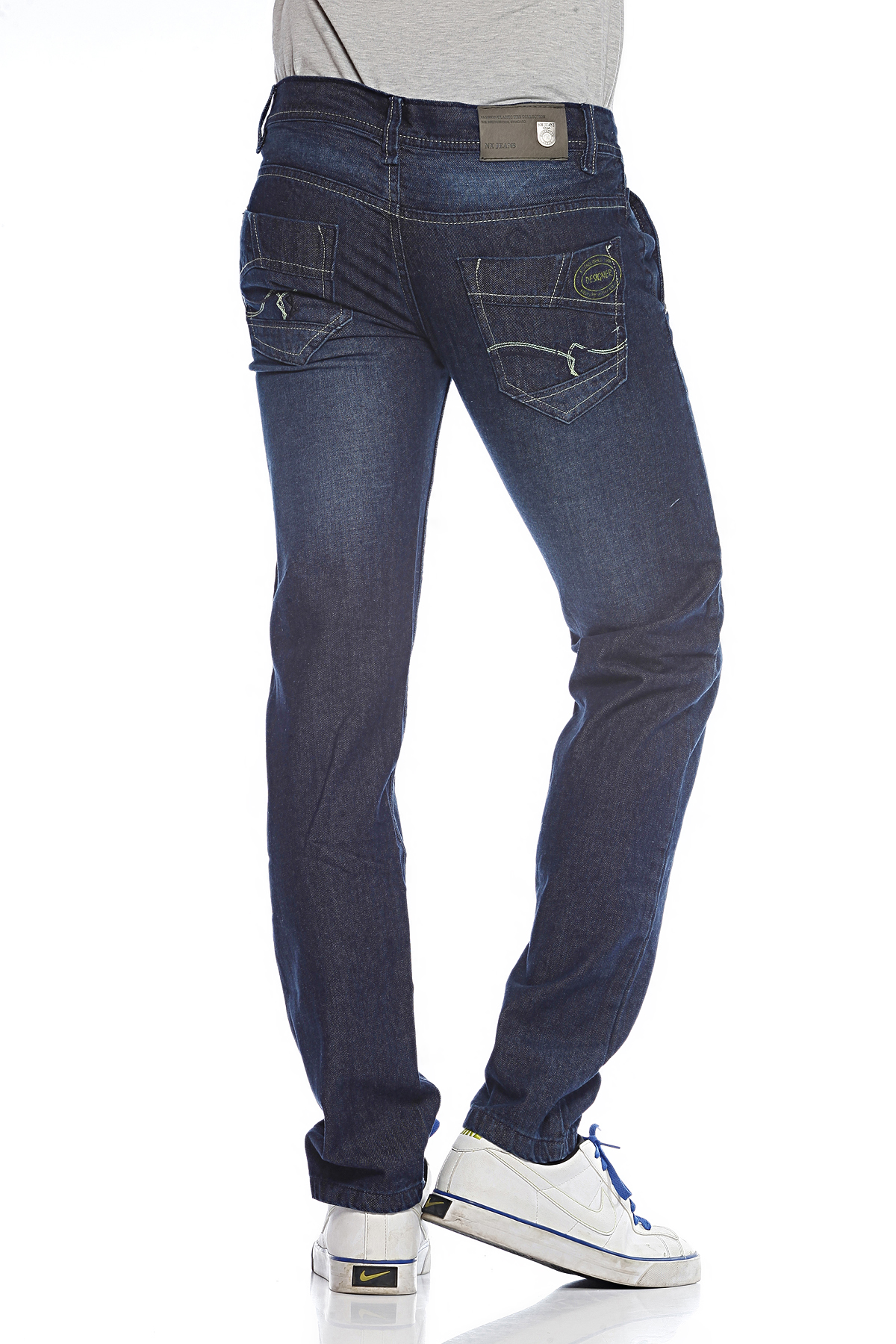 DS Black Fashionable Skinny Fit Faded Jeans
