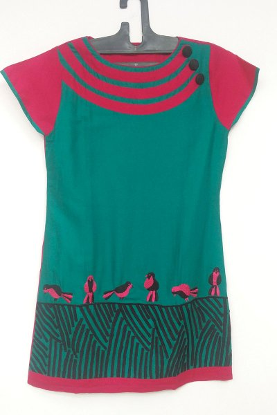 DS Green and Red Birds Printed Fashionable Kurti